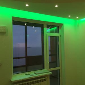 Подсветка потолока в гостиной на Балтийском бульваре