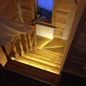 Подсветки лестницы в Лаврово