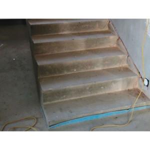 Подготовка подсветки лестницы в Петергофе