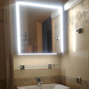 Освещение зеркала ванной на Выборгском шоссе